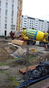 9.Pierwsza betoniarka na budowie_1.10.2019 (1)